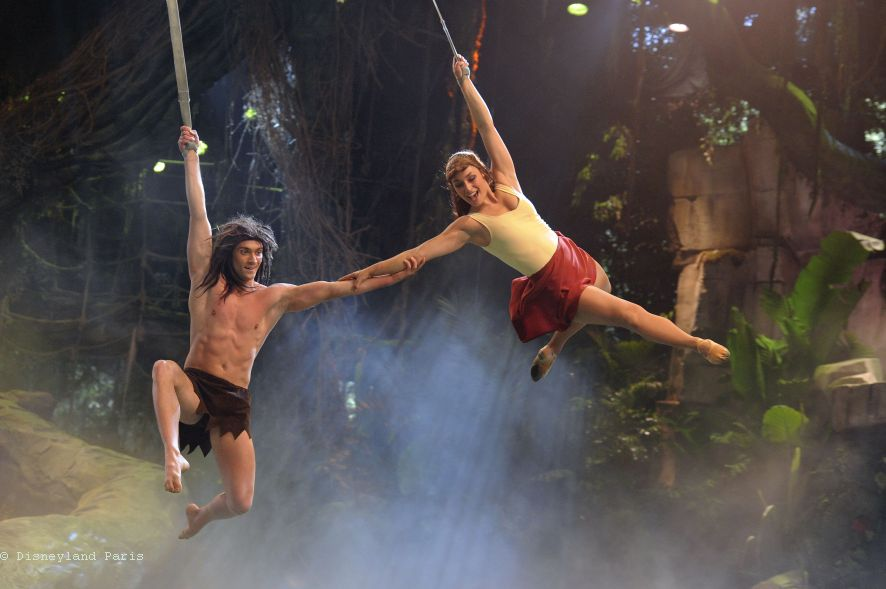 2000-N011337-Tarzan-the-Encounter