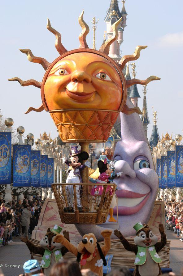 2007-N005399-DisneyÔÇÖs-Once-Upon-a-Dream-Parade-
