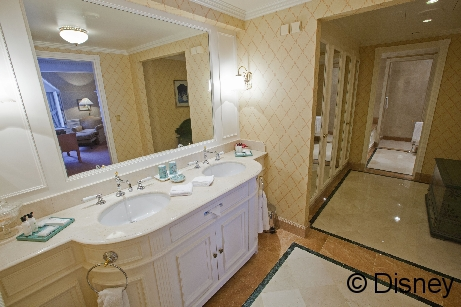 Disneyland_Hotel_001