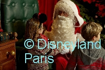 DisneylandParis_Weihnachten2016_Father-Christmas
