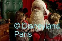 DisneylandParis_Weihnachten2016_Father-Christmas