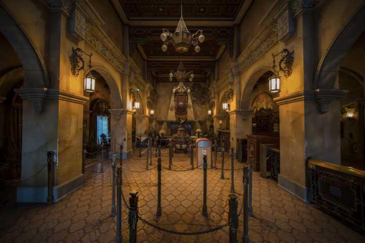 Renovierung-Disneyland-Hotel-04_2021