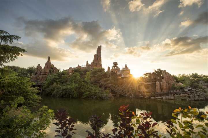 Disneyland_Paris_Frontierland-4