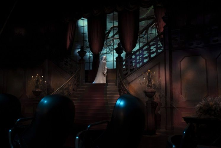 PHANTOM-MANOR-2