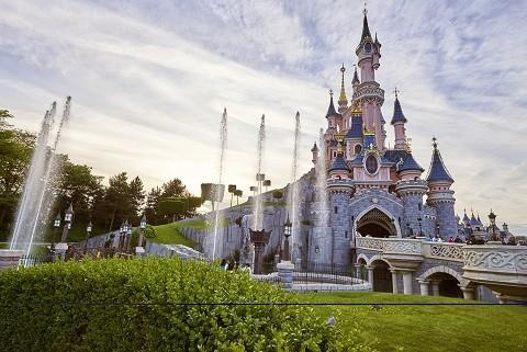 Disneyland-Paris-Castle-1
