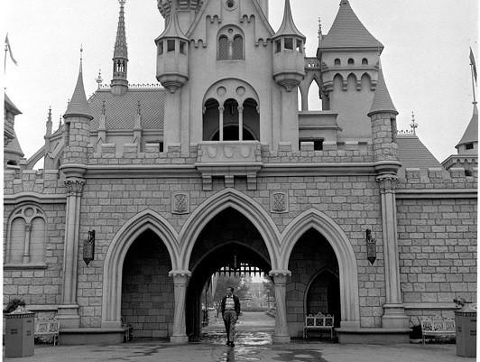 Disneyland-Paris-Castle-2