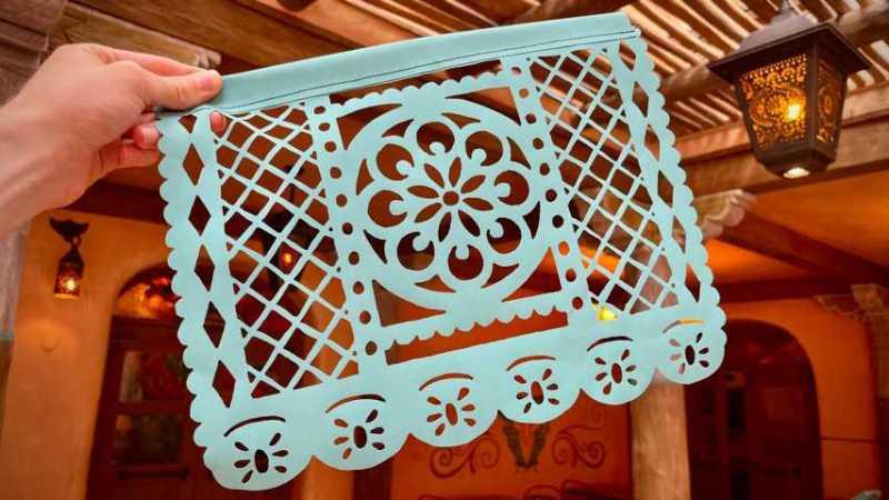 K640_Disneyland-Paris-Art-3
