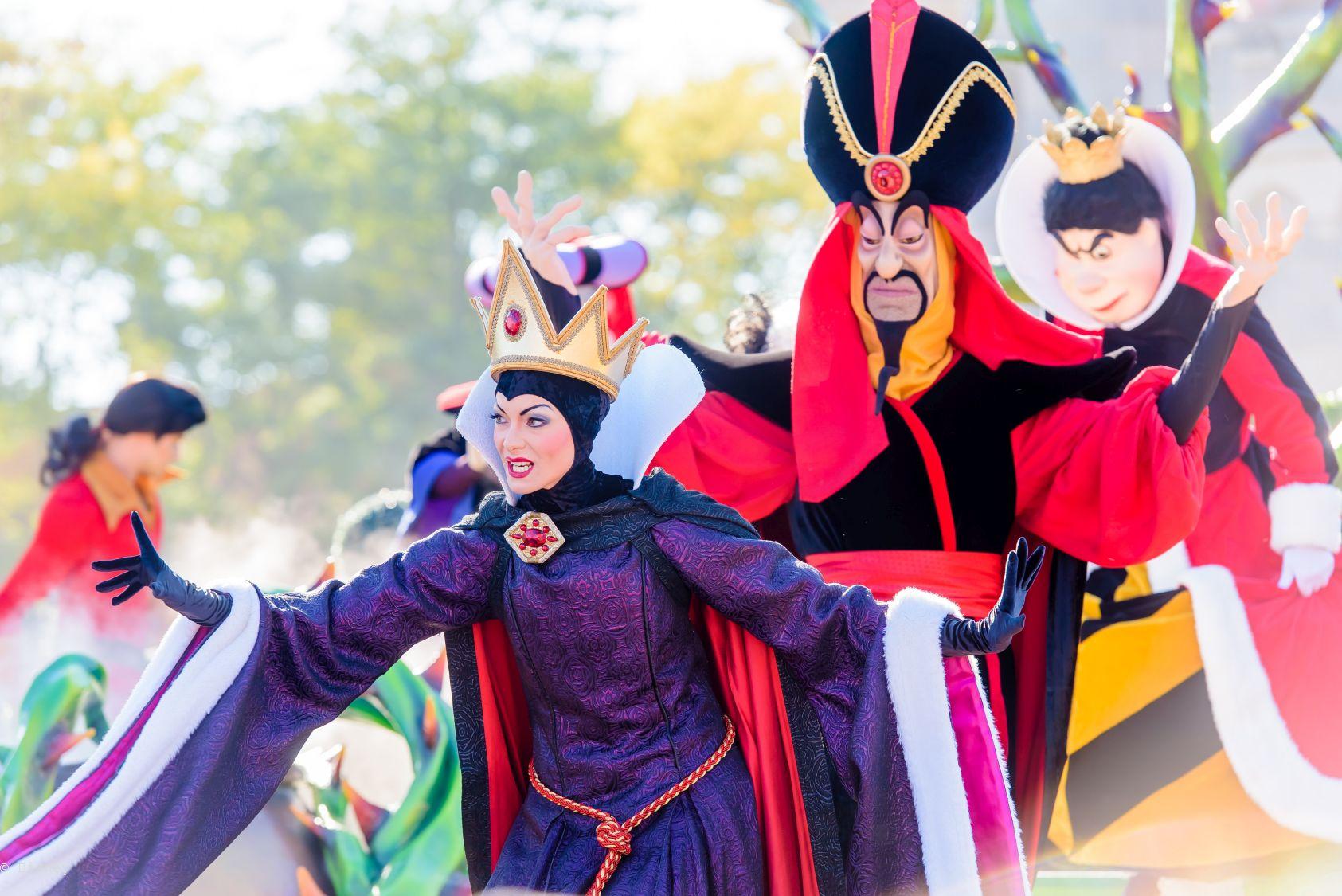 Disneyland_Paris_Halloween_2018_3
