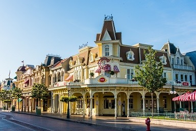 disneyland_paris_caseys_06_2020