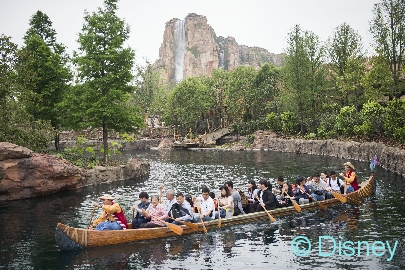 Excitement awaits at Adventure Isle, a new land exclusive to Shanghai Disneyland. With the Roaring Mountain as its center, guests are guided through dark chasms and rolling currents to the heart of the ancient lost civilization of the Arbori people. Here, an expedition of discovery takes guests across the world and into land of magic and fantasy. (Ryan Wendler, photographer)